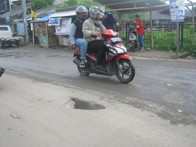 jalan rusak 2