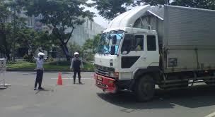 stop kendaraan berat