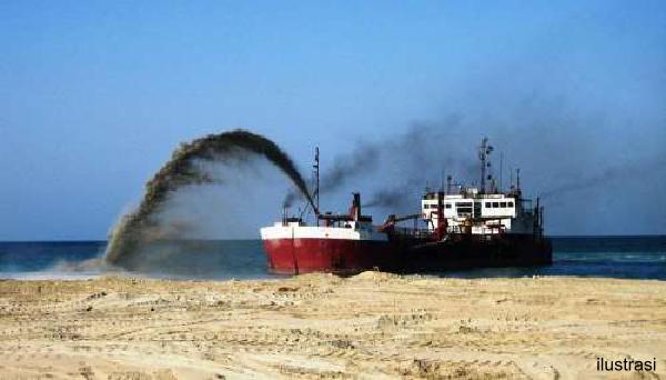 gambar ilustrasi kapal pengeruk-pasir