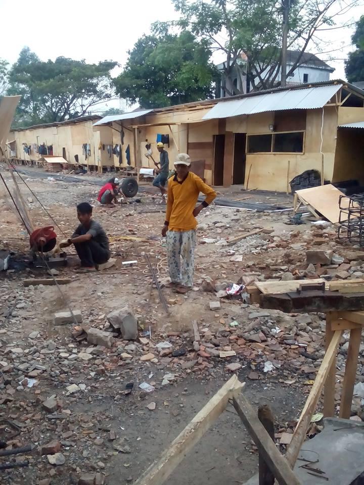 proyek pasar kelapa