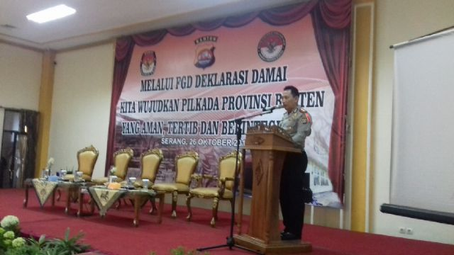 Kapolda Banten, Kombers Pol. Listyo Sigit Prabowo Saat Sambutan Dalam Deklarasi Damai. (Foto, BidikBanten)