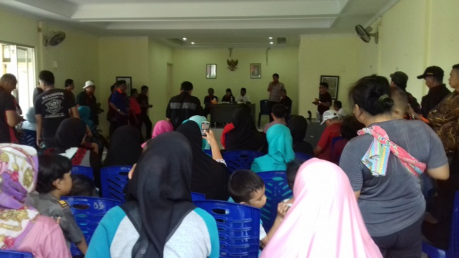 Calon Gubernur Banten Nomor Utur 2 Rano Karno Saat Melakukan Kampanye