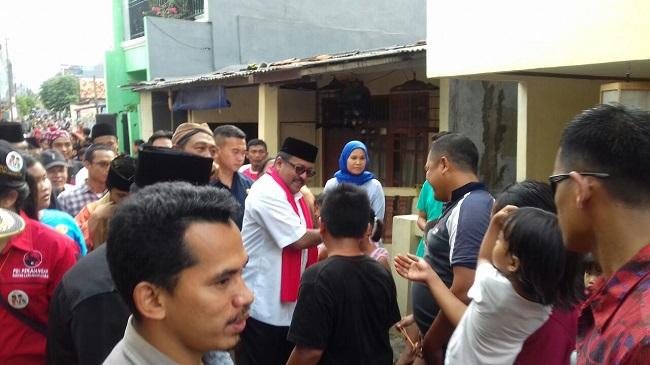 Calon Gubernur Banten Nomor Urut 2, Rano Karno Saat Menyapa Warga