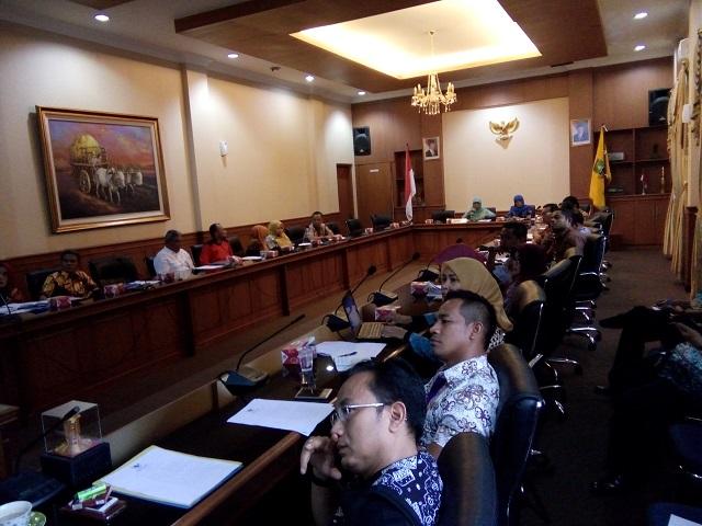 Suasana Rapat Pembahasan Persiapan Ground Breaking Yang Dihadiri Seluruh Kepala SKPD. (Foto, Ist)