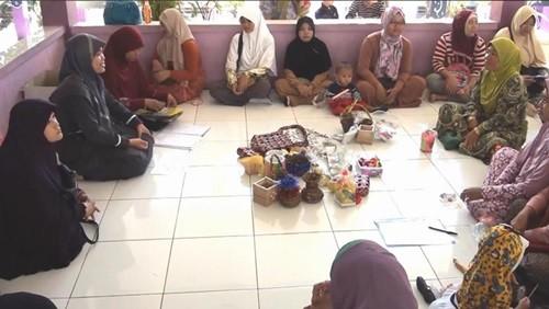 Pertemuan paguyuban orangtua untuk membahas prestasi siswa