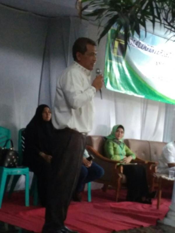 Ketua DPW PPP Banen, Agus Setiawan saat Menggelar Dialog Interaktif dan Silaturahmi Dengan Kader PPP dan Warga