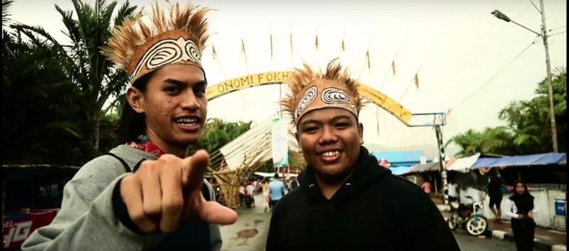 Ronald dan Saldi, duo komedian yang aktif ekspos seni budaya Papua. (Dok. Perwira Management