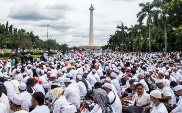 fui-yang-provokasi-aksi-112-kita-doakan-gatal-gatal-CYlqBDBbFM