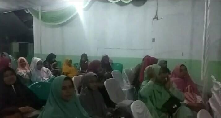 Warga paguyuban Iskandar Muda Aceh memperingati Maulid Nabi