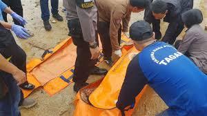 Mayat Korban Tsunami Banten