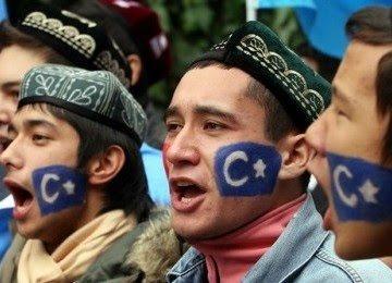 bangsa-uighur-_120316203121-177