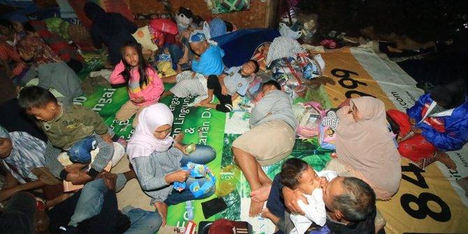 pengungsi warga carita