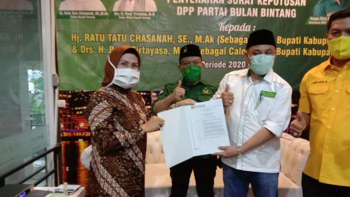 Surat rekomendasi untuk calon tiga krpwlw daerah di Banten.
